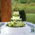 wedding Cake geen orchid, green hydrangea, roses